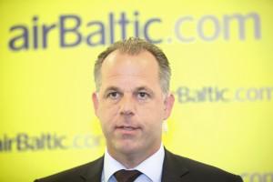 airBaltic2014_profitable_02-300x200